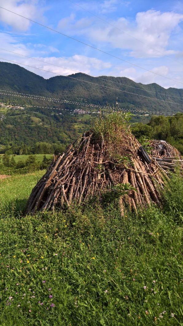 Fascine di legna a Roccamagno
