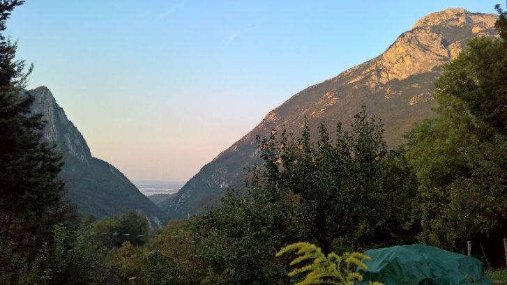 Monte Pizzoccolo, a sx Monte Castello di Gaino