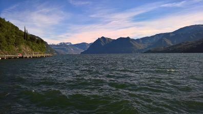 Lago d'Iseo Adamello sullo sfondo