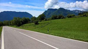 Cima Sera (dx), monte Misone (sx)