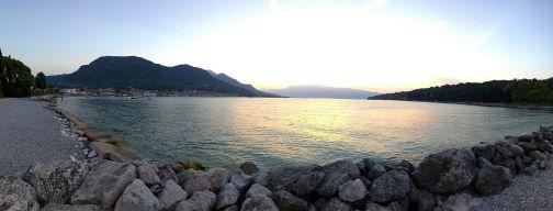 Golfo di Salò all'alba