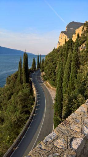 Gardesana occidentale tra Campione e Limone