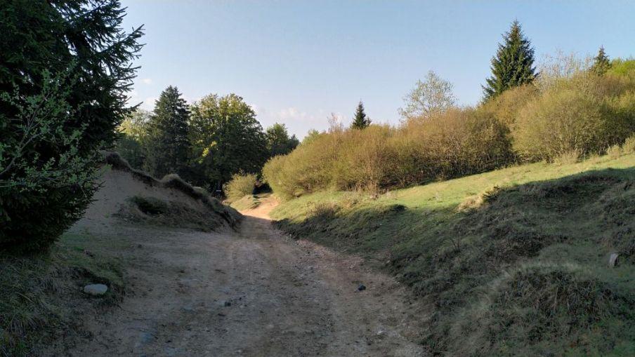 Strada sterrata per Odeno di Pertica Alta