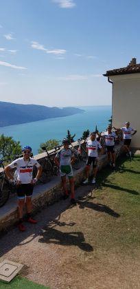 51 Cicloturisti all'eremo di Montecastello