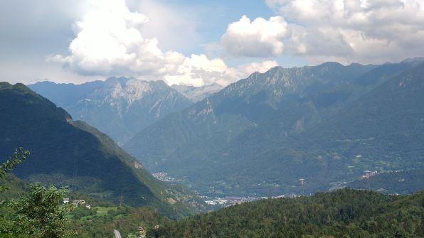 Ossimo, panoramica su Adamello e alta valle