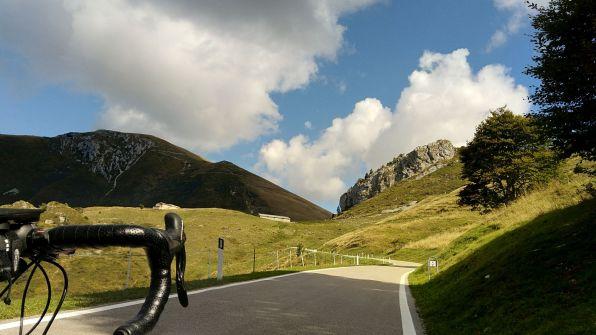 Monte Altissimo (sx) e Corna Piana (dx)