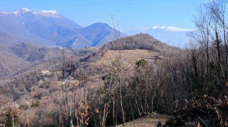 Monte Pizzocolo (sx) e Monte Baldo (dx)