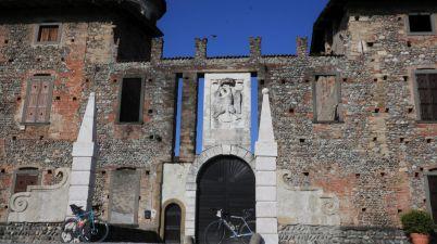 Castello di Cavernago