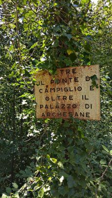 Vecchio cartello per il Campiglio e le Archesane