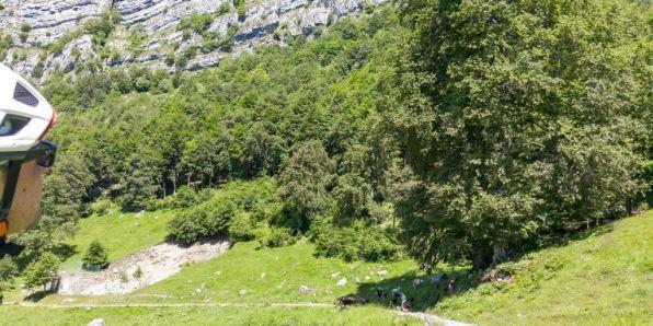 Alpeggi scendendo verso Bocca Lorina